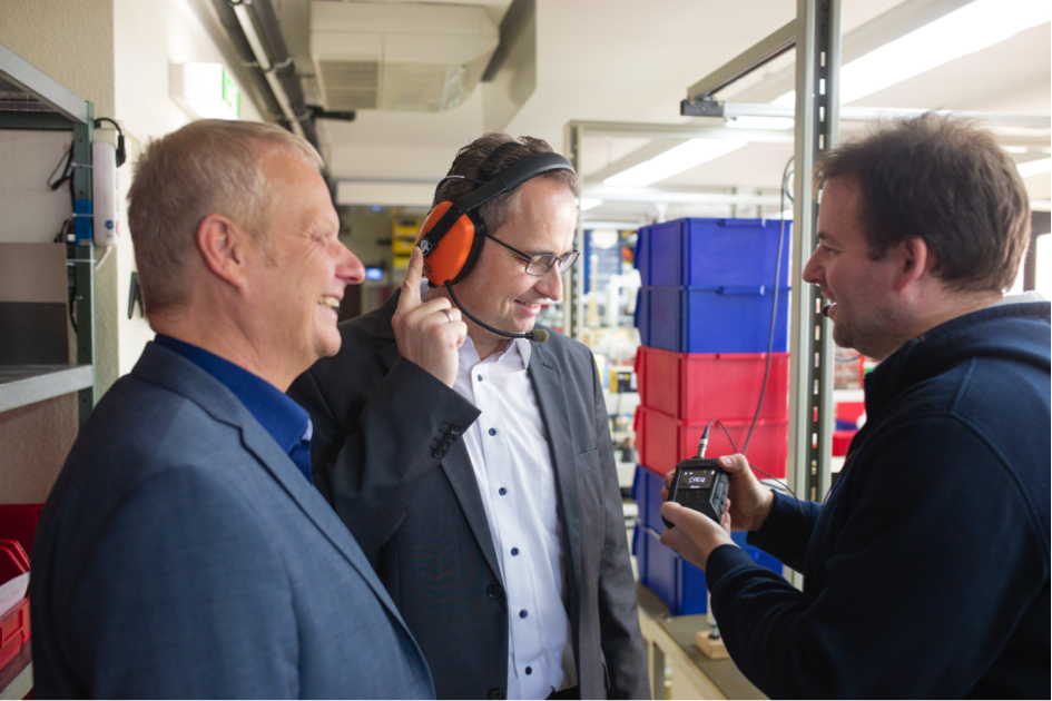 Carsten Helfmann experimenta Tecnología innovadora «Made in Rödermark»